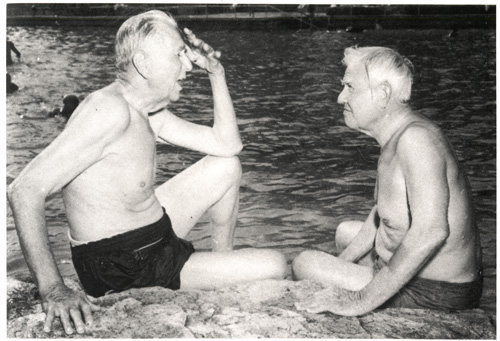 Image 4_dobie and bedichek at Barton Springs