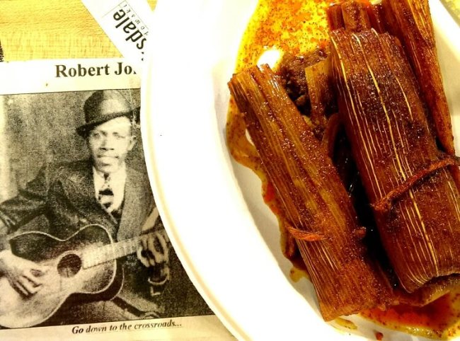 Have-some-Robert-Johnson-with-your-tamales-at-Abes-BBQ-at-the-Crossroads-in-Clarksdale-Mississippi-photo-by-Sheila-Scarborough