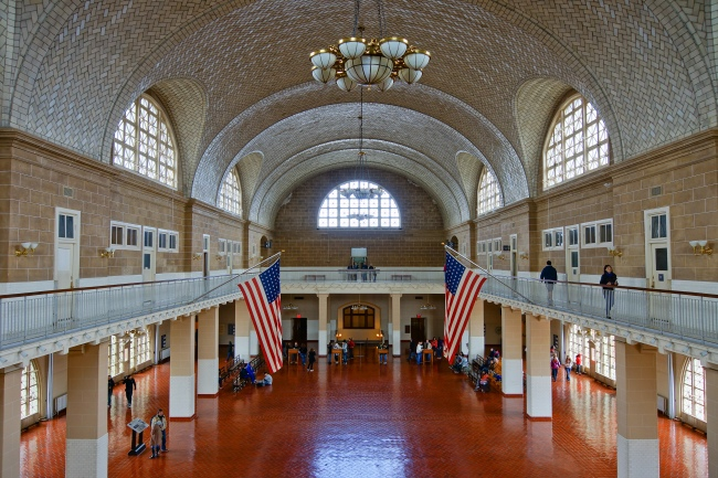 Ellis_Island_-_Great_Hall